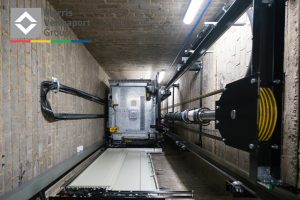 آسانسور هیدرولیکی جک از بغل چیست و چگونه کار میکند؟