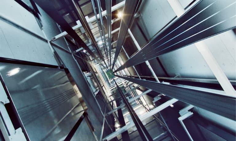 تراول کابل آسانسور چیست؟ انواع و معرفی بهترین برند